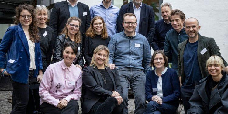 Gruppebillede fra Madtankens første møde. Foto: Madtanken.