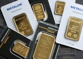 Guld sælges typisk i faste størrelsesintervaller som opgives i gram eller ounces og af forskellige renheder, hvor 999,9 angiver et næsten perfekt rent guldindhold. Foto: PR